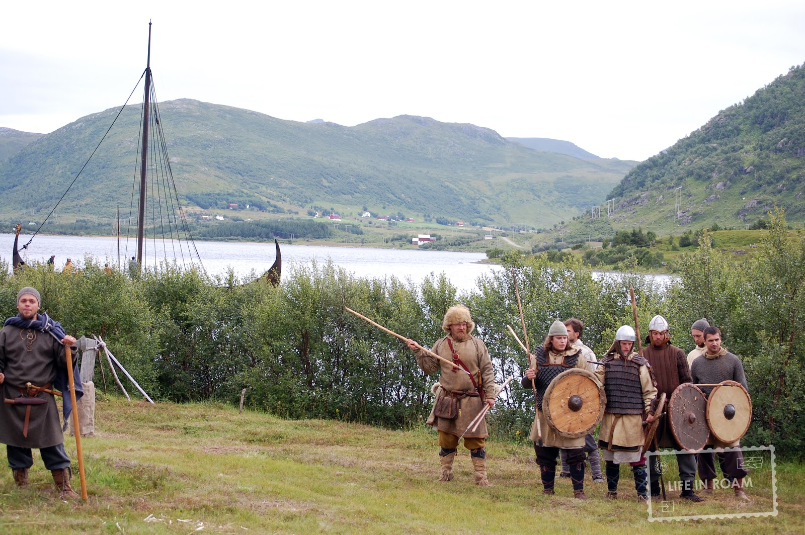 Vikings and bows and arrows